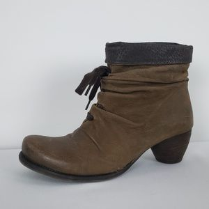 Virus Brown Leather Ankle Booties Size 5